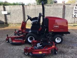 secondhand toro groundsmaster 4000