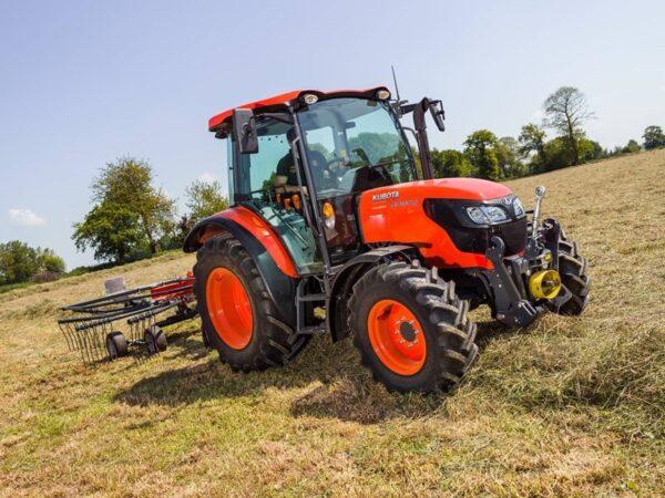 Kubota-M4072-Traktor
