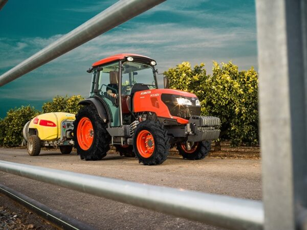 Kubota-M5101N-Traktor
