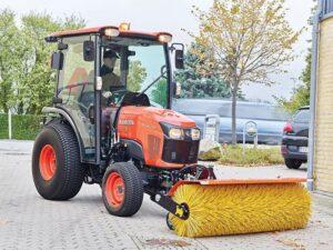 Kubota-ST401C-Traktor